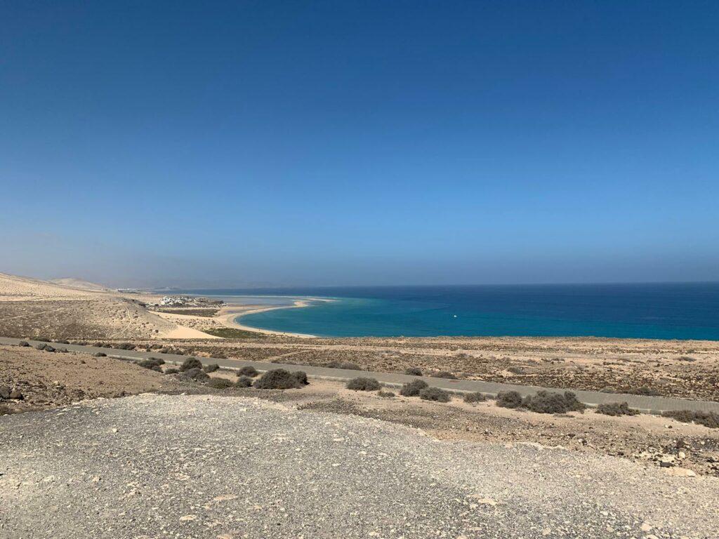 """Kilometerlange Strände wie der """"Playa de Sotavento"""" laden zu einem ausgiebigen Spaziergang ein"""